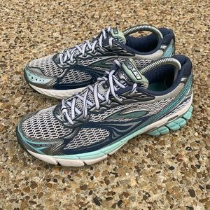 Brooks Ghost 4 Evolution Women's Size 8.5M
